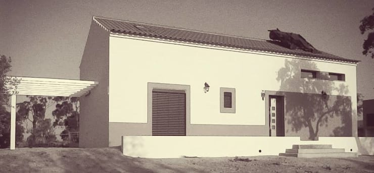 fachada:   por Teresa Ledo, arquiteta