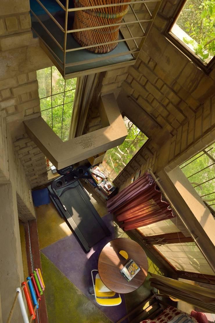 Green House:  Corridor & hallway by Tribuz Interiors Pvt. Ltd.,Eclectic