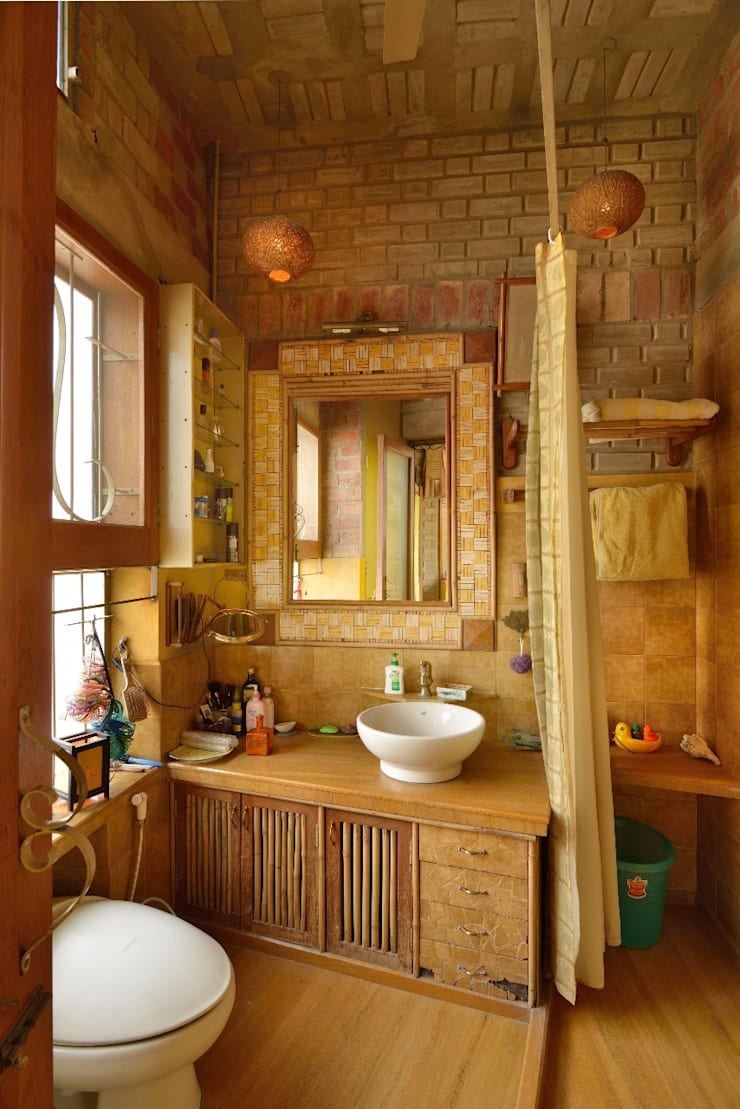 Green House:  Bathroom by Tribuz Interiors Pvt. Ltd.,Eclectic