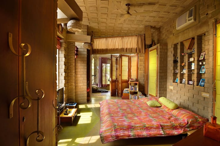 Green House:  Bedroom by Tribuz Interiors Pvt. Ltd.,Eclectic