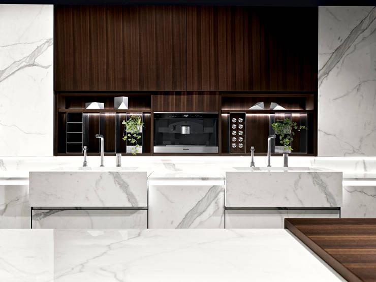 Binova Vesta: Cucina in stile  di BINOVA MILANO