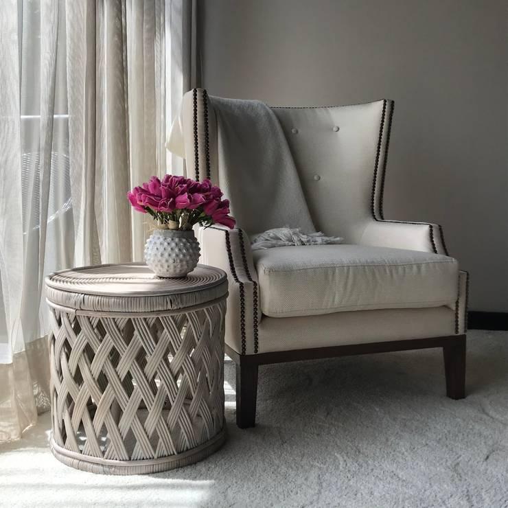 detalle habitación principal: Habitaciones de estilo  por Ecologik