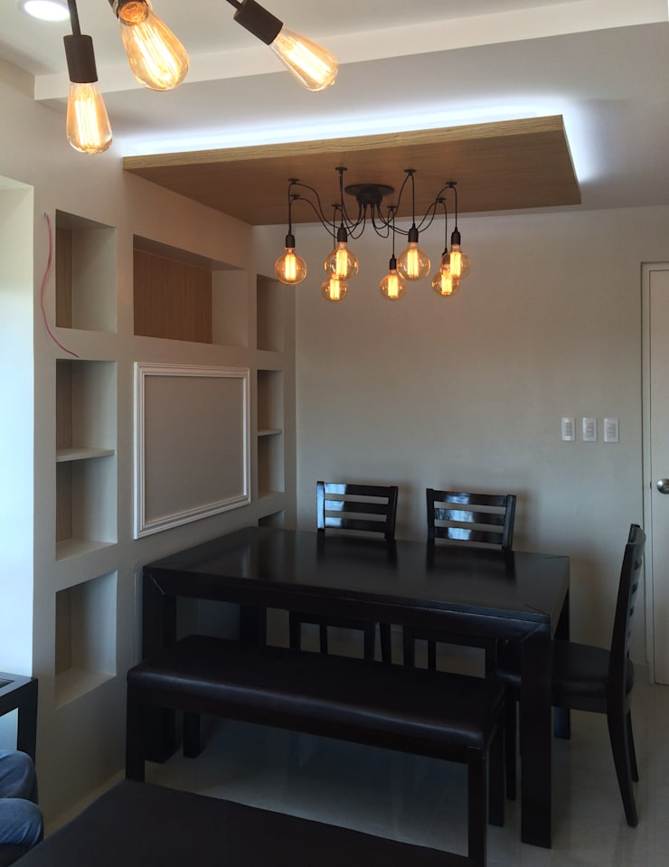 Interior Design and Fit Out of a 2 Bedroom Condo Unit:  Dining room by A. R. Serrano Interior,Eclectic Wood-Plastic Composite