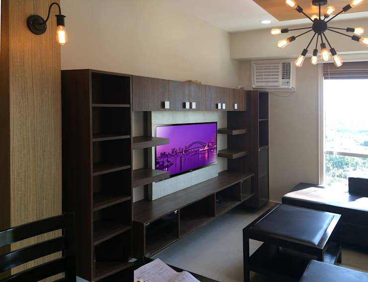 Interior Design and Fit Out of a 2 Bedroom Condo Unit:  Living room by A. R. Serrano Interior,Eclectic