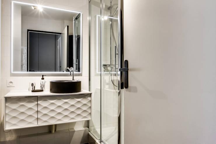 浴室 by Vanessa Avel créatrice d'intérieurs
