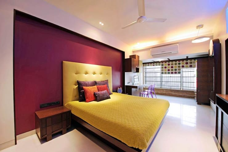 Neanpeanse Road, Mumbai: modern Bedroom by DesignTechSolutions