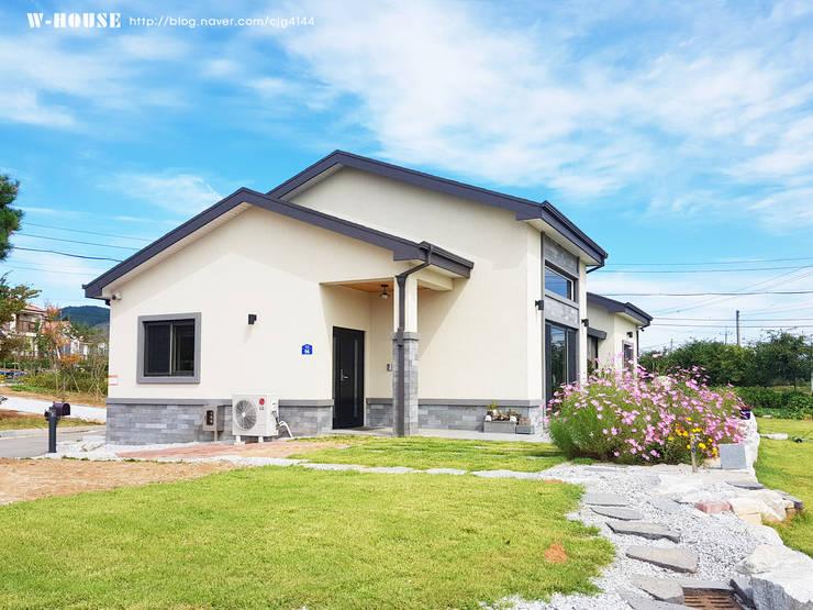 함라 신대리 2호 35평형 ALC전원주택: W-HOUSE의  전원 주택,모던 콘크리트