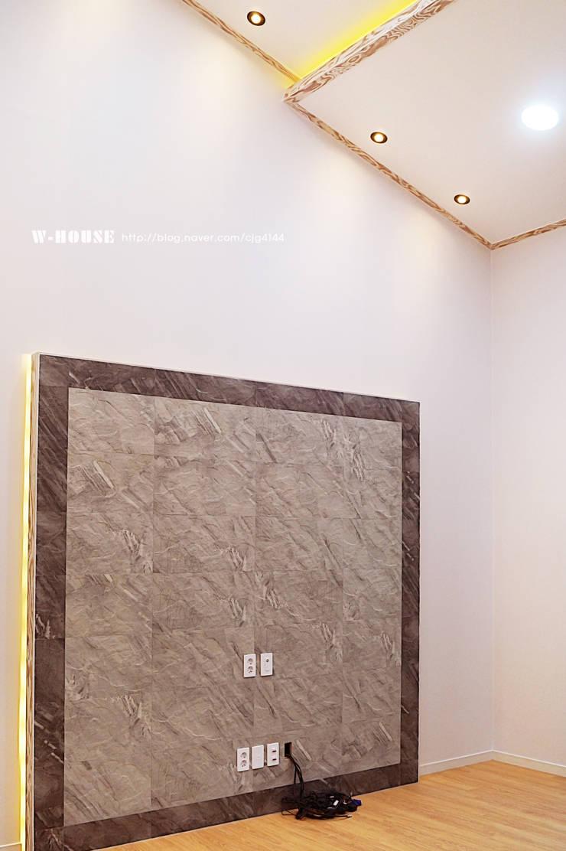함라 신대리 2호 35평형 ALC전원주택: W-HOUSE의  거실,모던 석회암