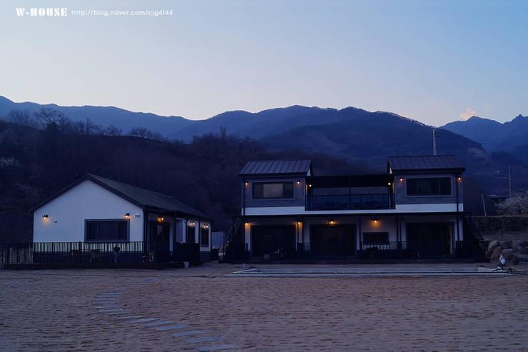 경남하동 50평형  ALC친환경 애견팬션: W-HOUSE의  다가구 주택