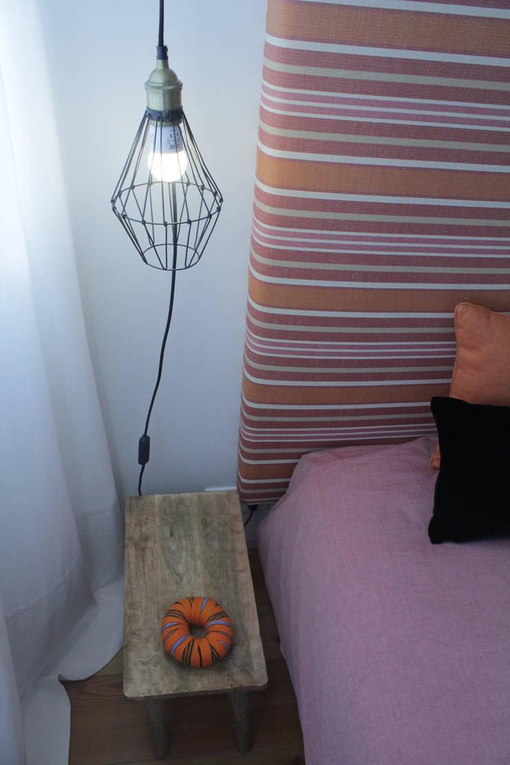 Quarto Duplo: Quartos  por Tangerinas e Pêssegos - Design de Interiores & Decoração no Porto