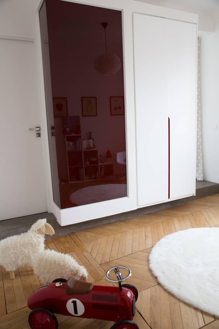 paris1: Chambre d'enfant de style  par BMA