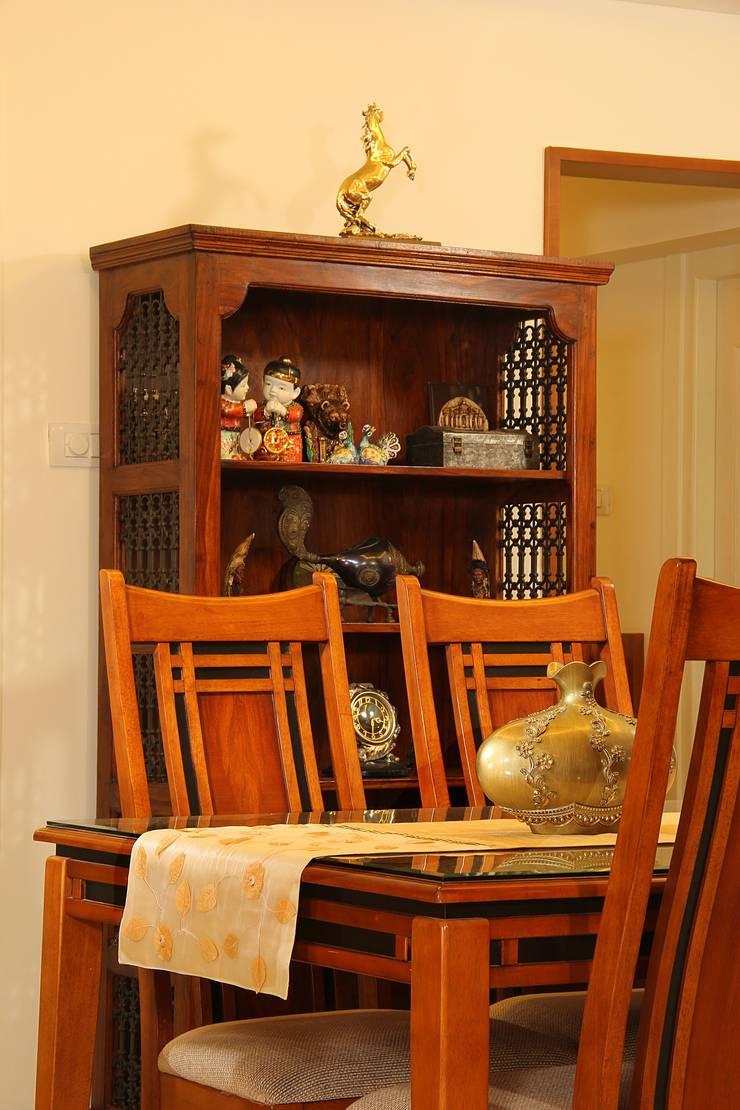 Marine Drive:  Dining room by Studio Nirvana,Classic