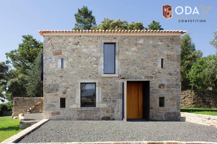 Casa da Eira:   por Daniel Antunes