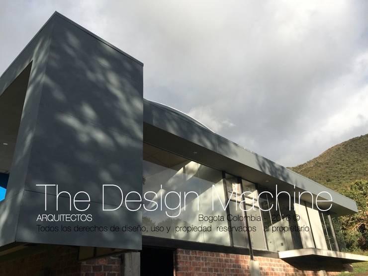 Casa de campo guatavita : Casas campestres de estilo  por  Arquitectura Modular Residencial Comercial Interiorismo