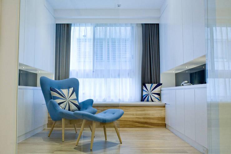【居家設計】謙謙太子蔡邸--品牌來自於「生活」的價值:  臥室 by 謐境空間策略事務所 - Dimension Scenario Work
