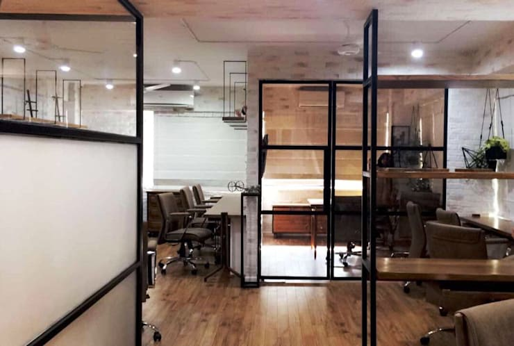 VIEW -1 :  Study/office by DESIGNER'S CIRCLE,Modern