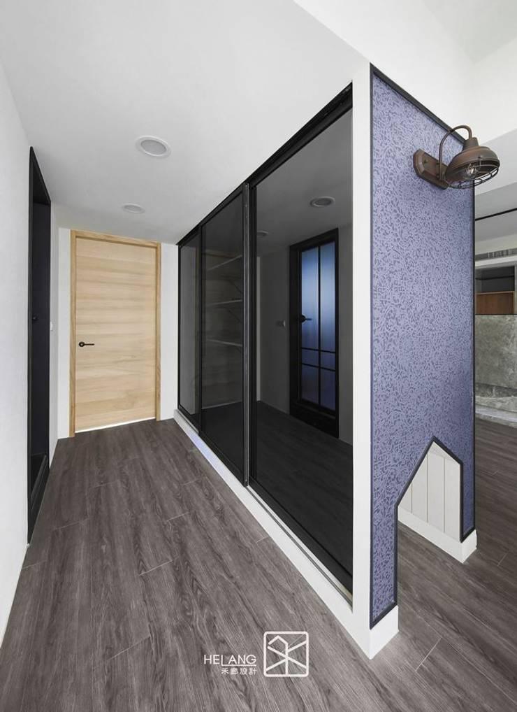 走道:  玄關、走廊與階梯 by 禾廊室內設計