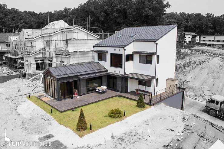 KITCHEN WING: GIP의  주택