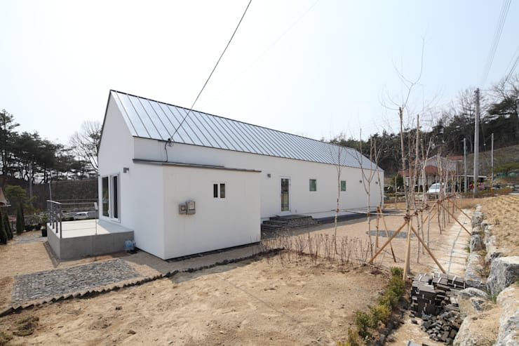 영주 박공지붕 프로젝트 : (주)트라움목조주택의  주택