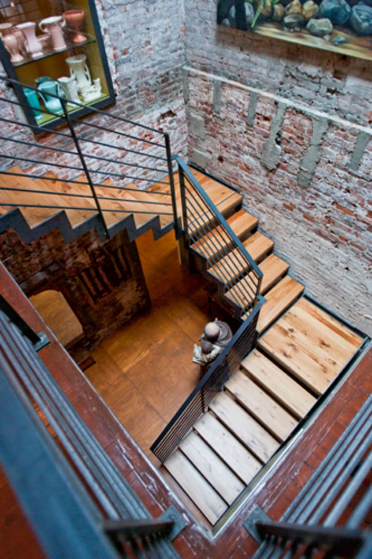 Curran House:  Stairs by Metcalfe Architecture & Design
