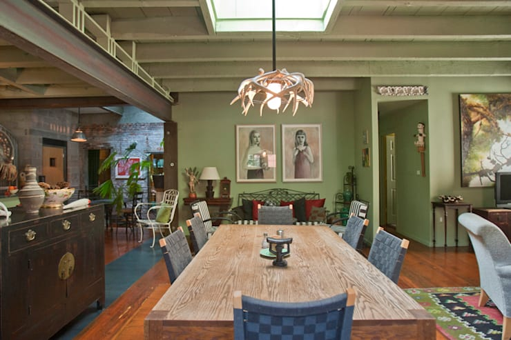 Curran House:  Dining room by Metcalfe Architecture & Design