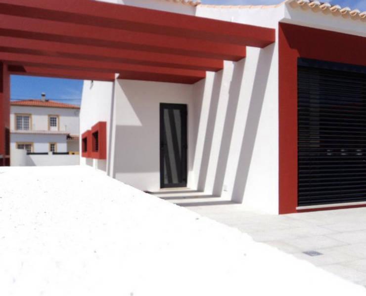 by Teresa Ledo, arquiteta