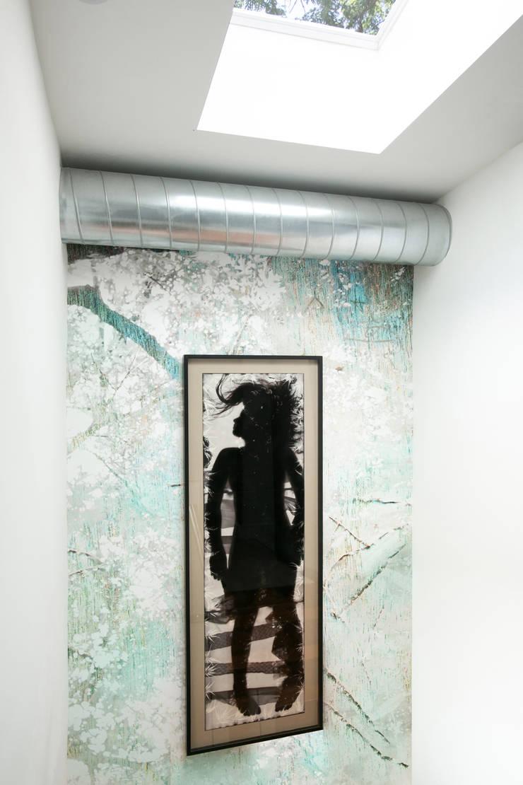 Klaw House:  Corridor & hallway by Metcalfe Architecture & Design