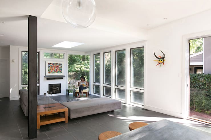 Martinez House:  Living room by Metcalfe Architecture & Design