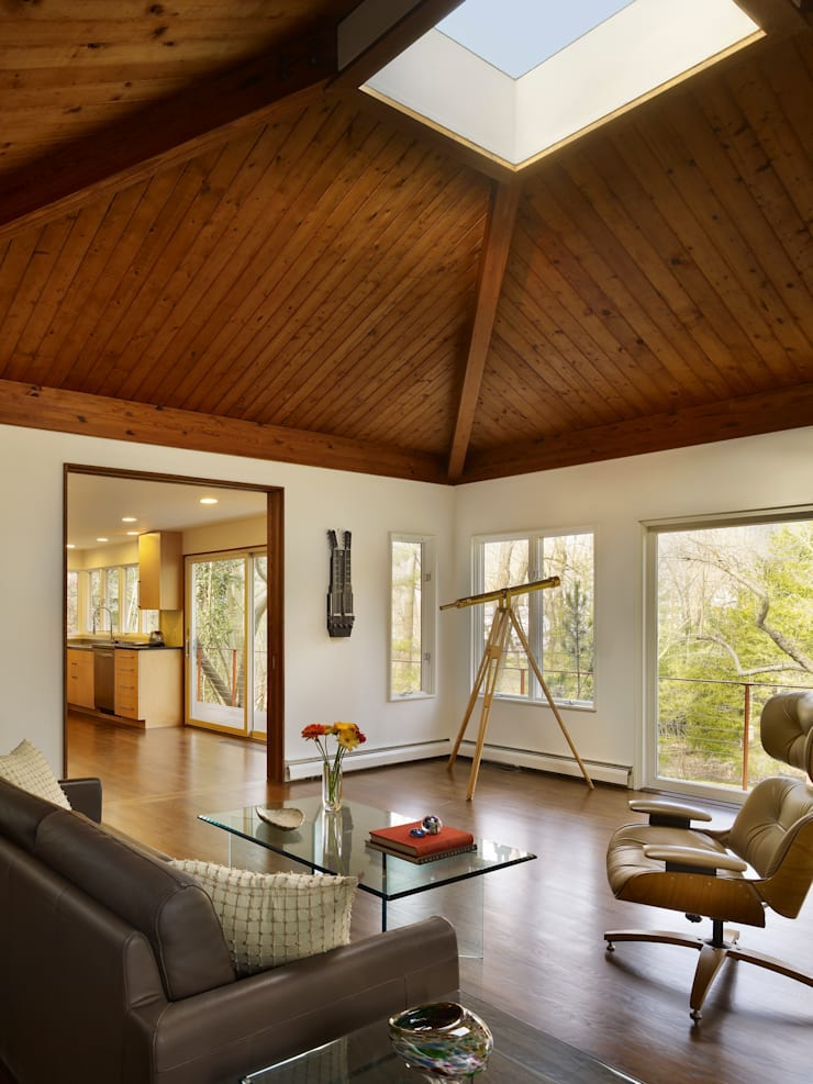 Seidenberg House:  Bedroom by Metcalfe Architecture & Design