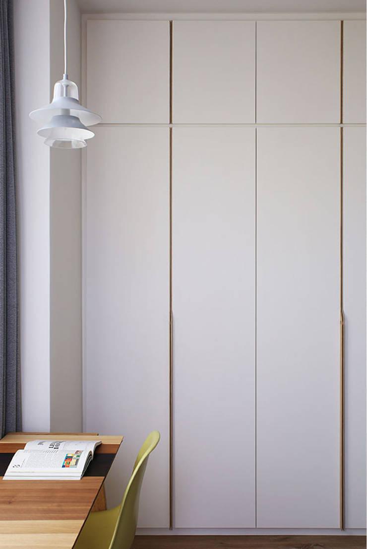 THE PROMENADE @ PELIKAT: scandinavian  by Eightytwo Pte Ltd,Scandinavian Wood Wood effect