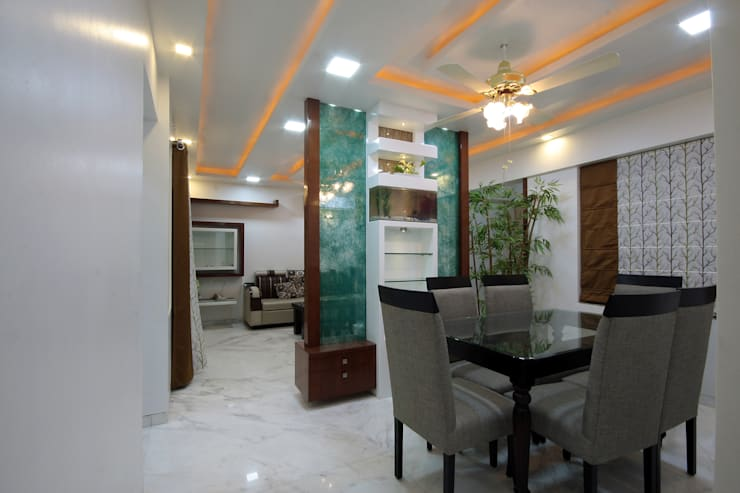 Residence -  Mr. Mane, Pune.:  Dining room by Spaceefixs