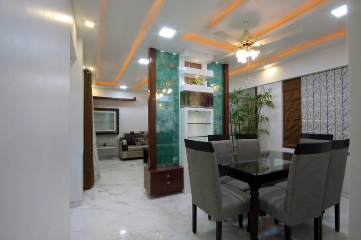 Residence -  Mr. Mane, Pune.: modern Dining room by Spaceefixs