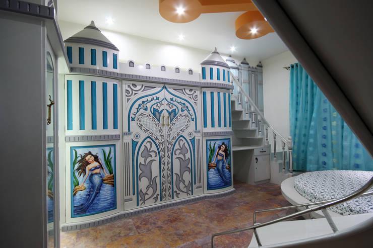 Residence - Shriniwas J. M.  Pune.: modern Bedroom by Spaceefixs