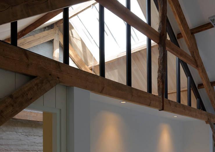 Daglicht naar binnen brengen:  Ramen door ODM architecten - erfgoed & architectuur