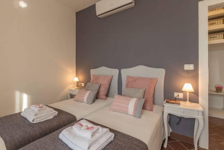 Stanza Da Letto Rosa : 26 idee per arredare la camera da letto piccola in modo eccezionale