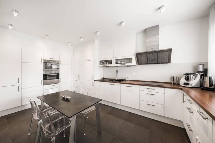 Встроенные кухни в . Автор – wir leben haus