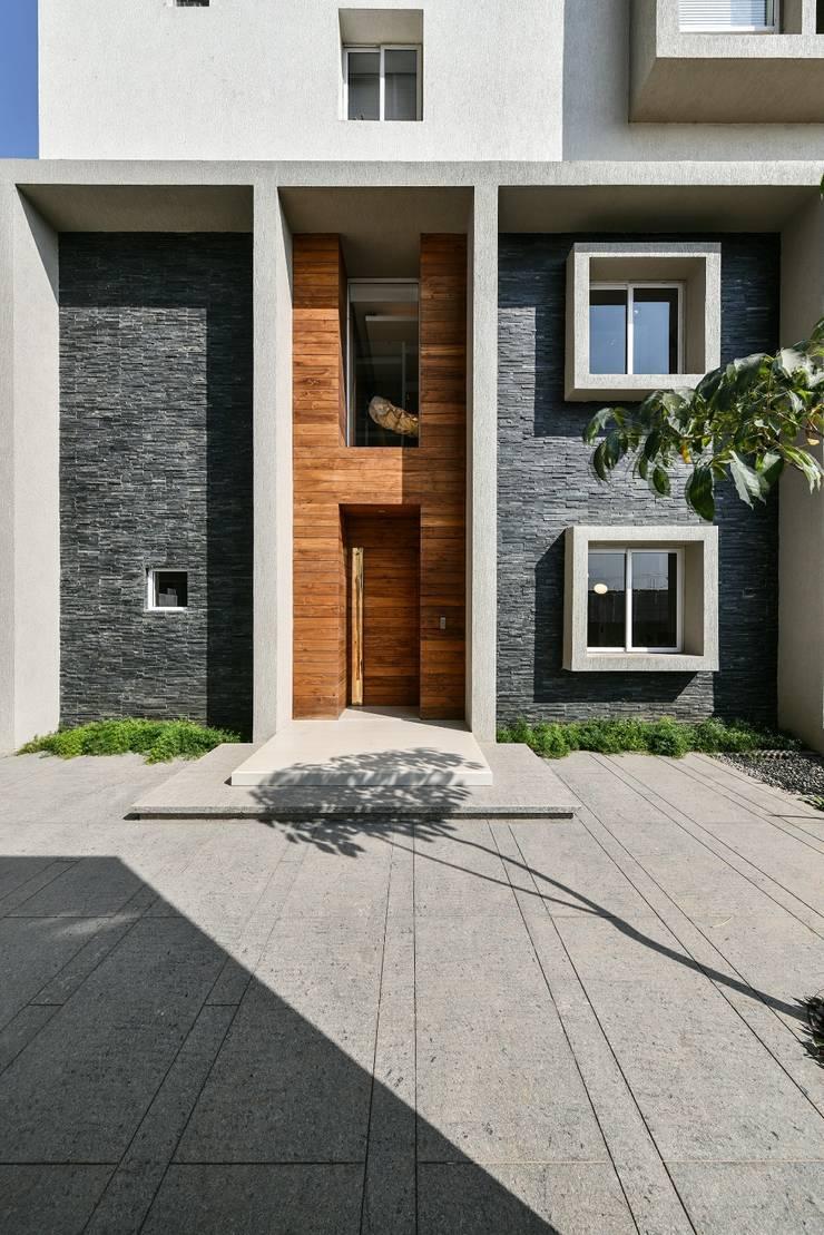 Premium Villa :  Villas by Racheta Interiors Pvt Limited,Minimalist