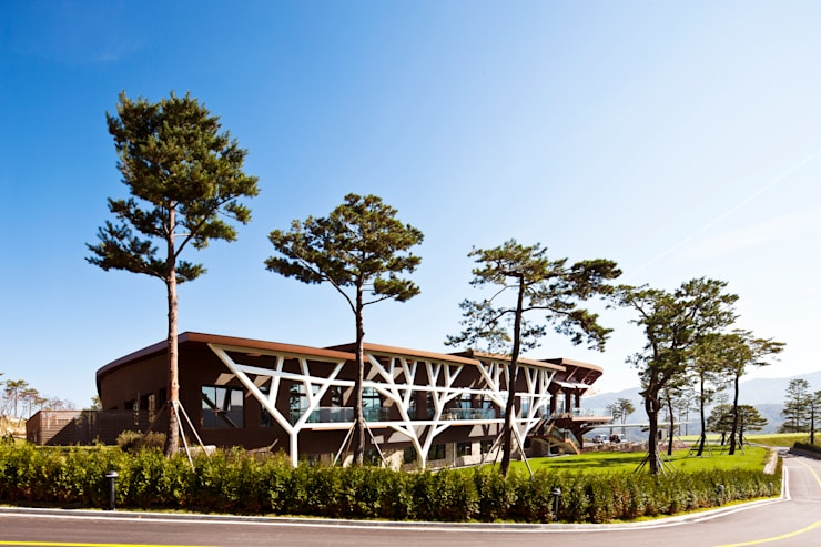 대명 소노펠리체 CC골프클럽하우스: D.P.J & Partners의  호텔,휴양지