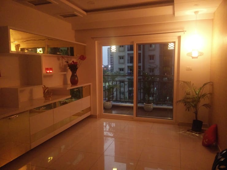 3BHK Aparna Cyberzone E Block 1440sqft Turn Key project: modern Dining room by Enrich Interiors & Decors