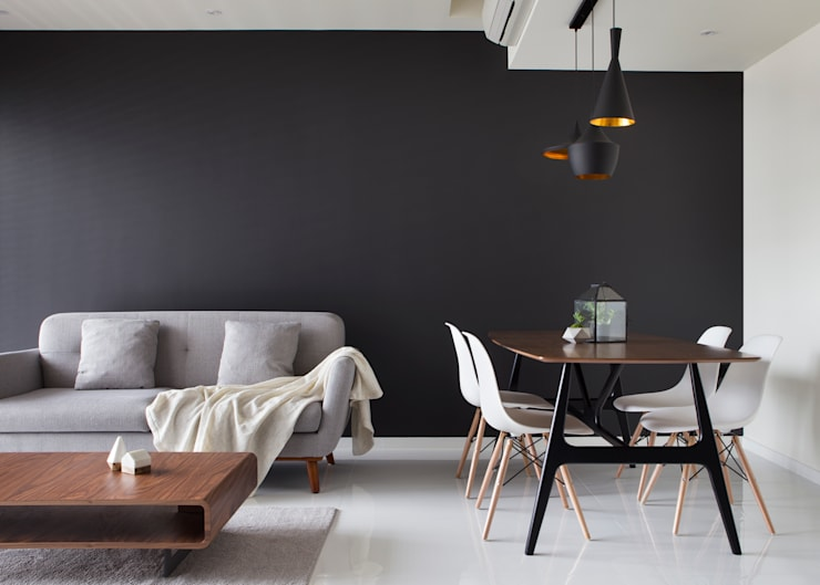 ECOPOLITAN 2:  Living room by Eightytwo Pte Ltd,