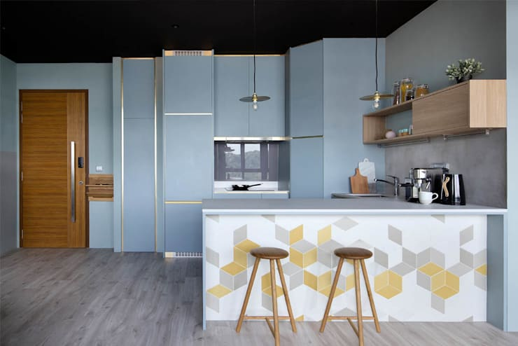 ECOSANCTUARY:  Built-in kitchens by Eightytwo Pte Ltd,Scandinavian