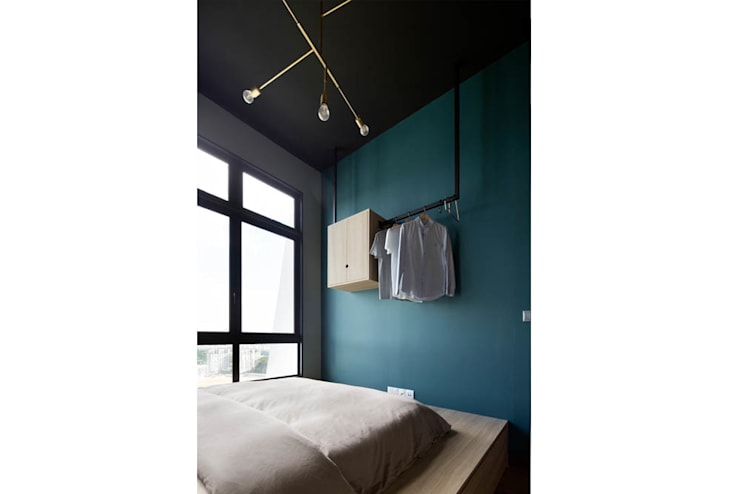 ECOSANCTUARY:  Bedroom by Eightytwo Pte Ltd