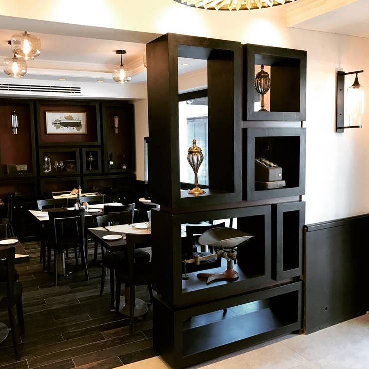 restaurant Antaño /Sommelier boutique: Restaurantes de estilo  por PICHARA + RIOS arquitectos
