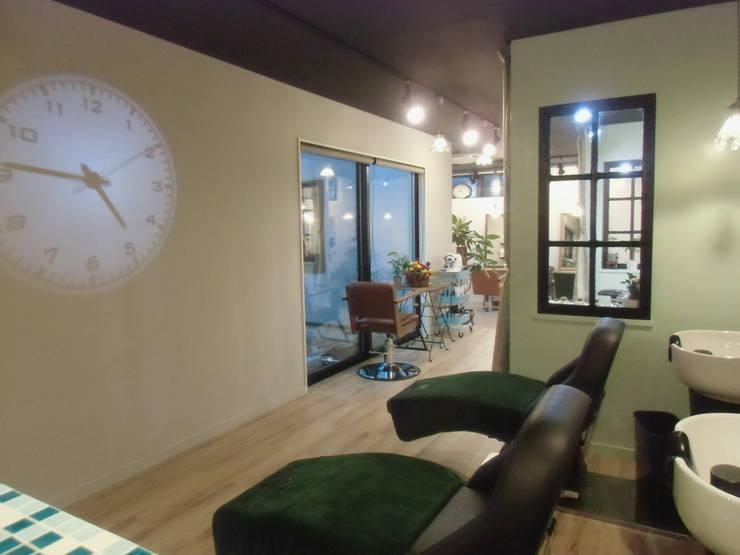 シャンプースペース: 株式会社アトリエKCが手掛けたオフィススペース&店です。