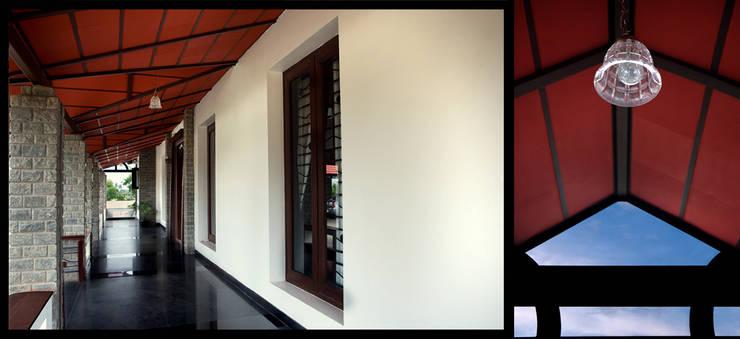 Veranda:  Corridor & hallway by Myriadhues,Classic Bricks