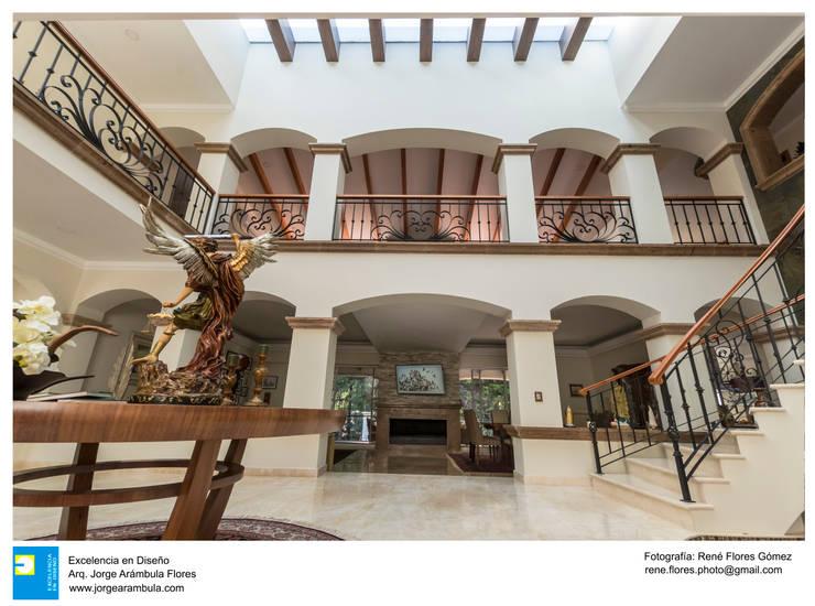 Excelencia en Diseñoが手掛けた廊下 & 玄関