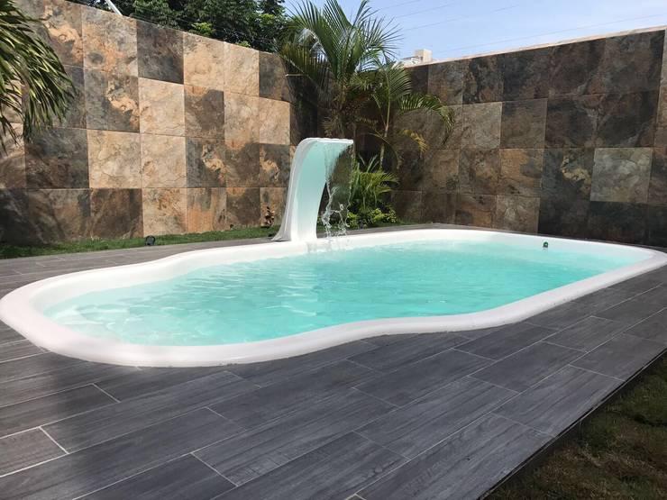 Piscinas de jardín de estilo  por Kaland Water
