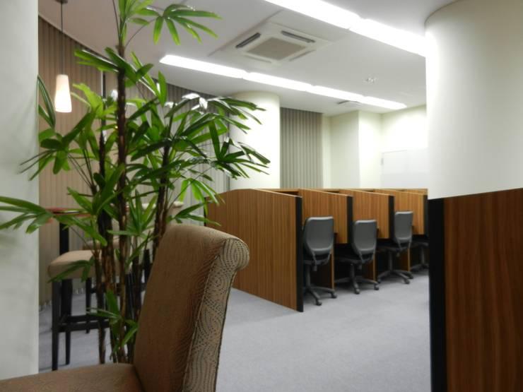 学習スペース: 株式会社アトリエKCが手掛けたオフィススペース&店です。,