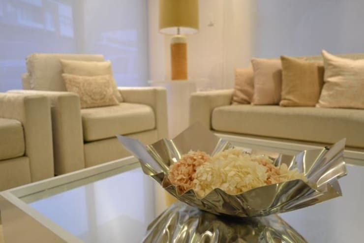 Living room by Monica Saravia