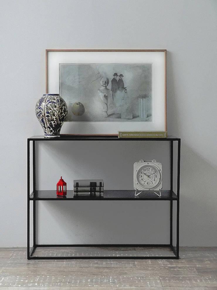Consola  de chapa diseño minimalista: Livings de estilo  por Tienda Quadrat,